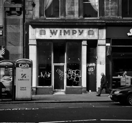 Death of the high street. Closed down Wimpy. Photo by scottishstoater on Unsplash
