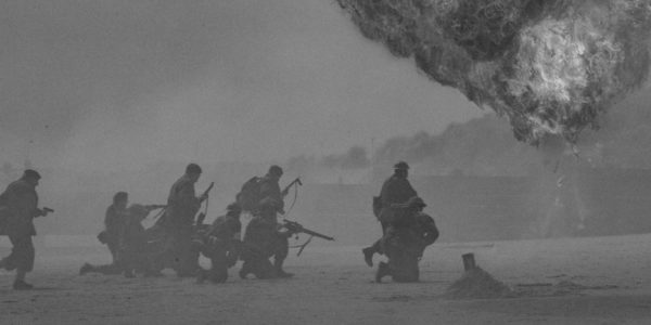 Soldiers fighting in war. Photo by Duncan Kidd on Unsplash